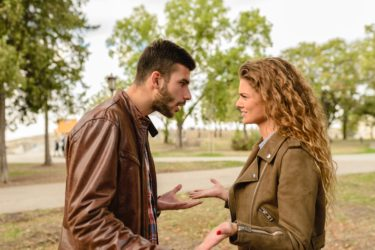 離婚するなら慰謝料を取りたい!慰謝料ってどういう場合に請求できるの?(浮気・暴力・セックスレスなど)